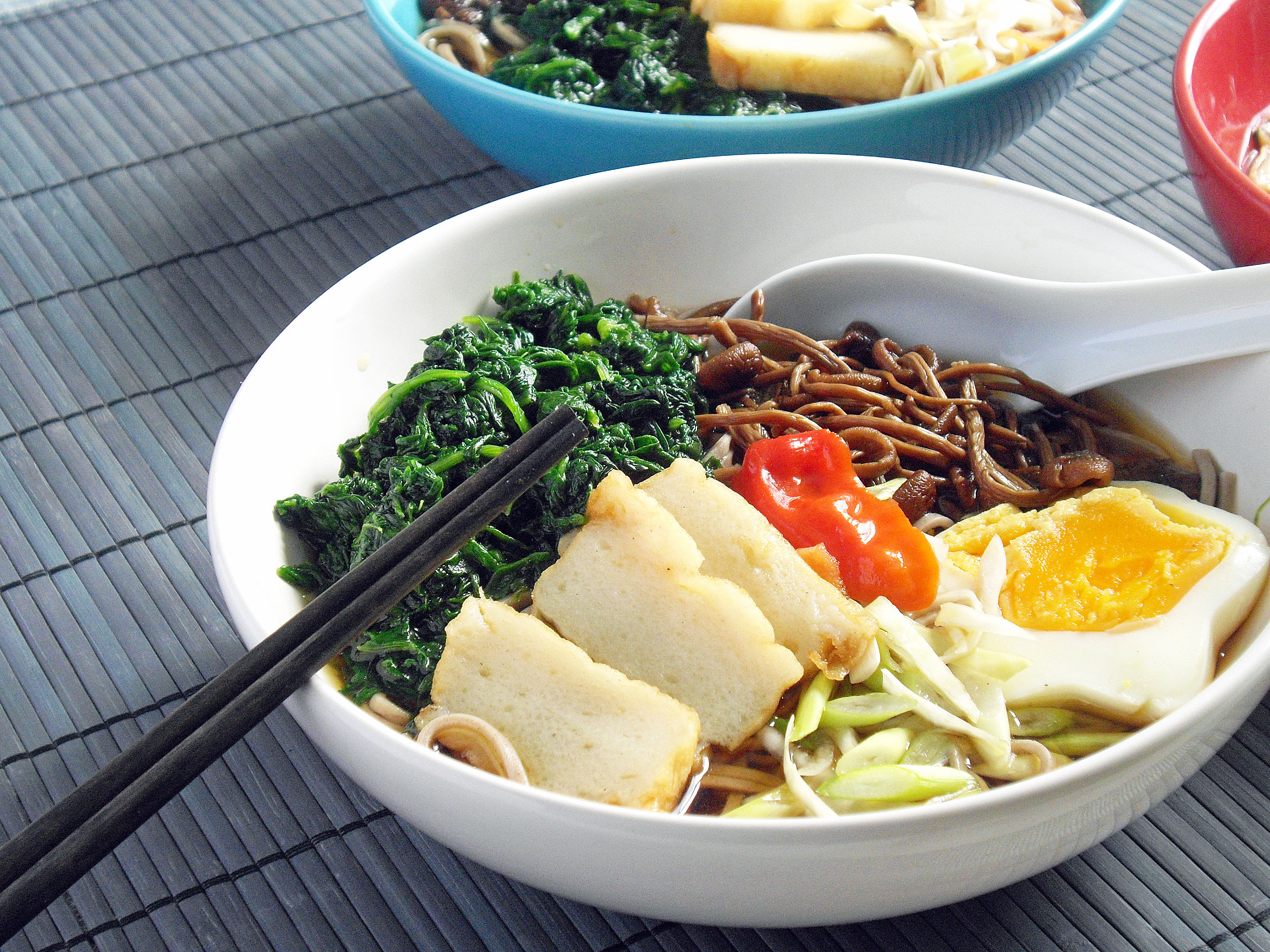 ... japanese noodles with shimeji mushrooms japanese noodles with shimeji