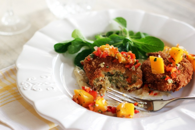 ... Cakes with Salsa and Oysters with Roquefort Butter | Cooking in Sens