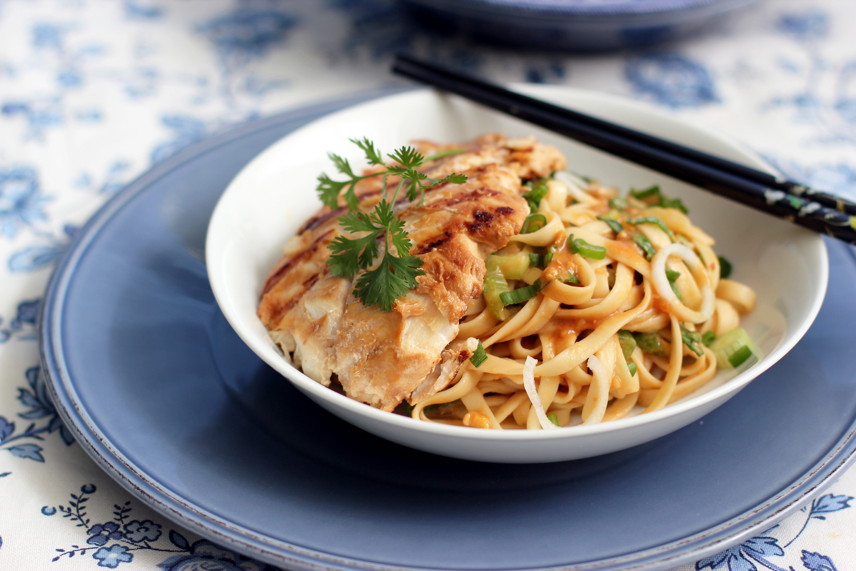 Sesame noodles with grilled cod cooking in sens for How to make fishing noodles