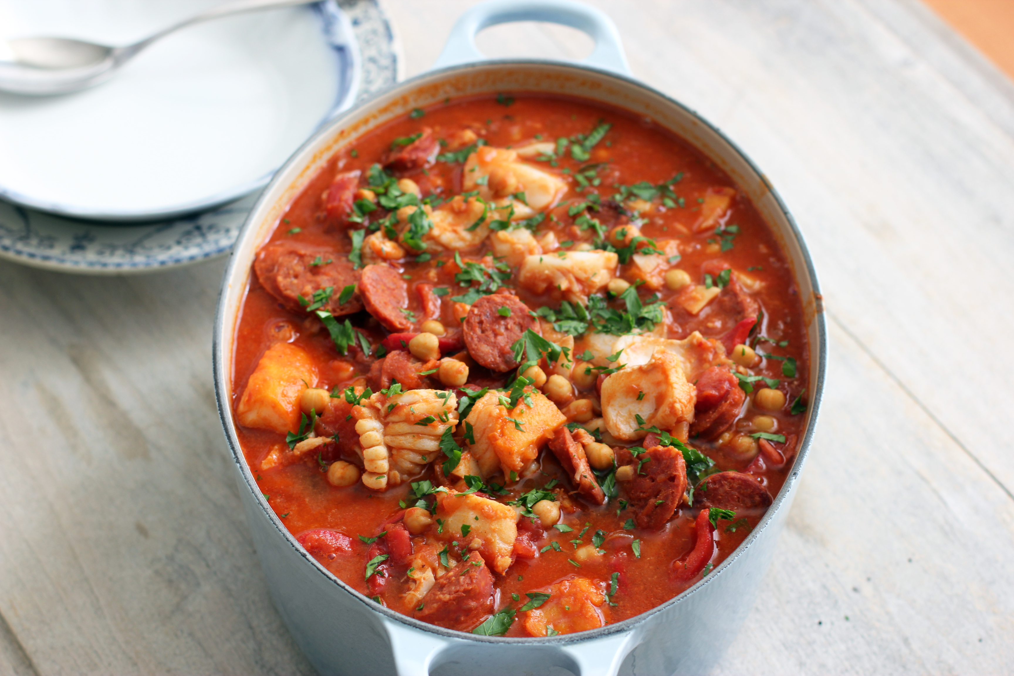 Portuguese fish stew cooking in sens for Fish soup recipes